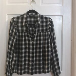 Black/white flannel button up blouse